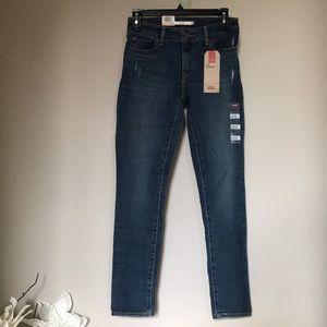 Levi's 711 skinny mid rise W26 L28 jeans NWT